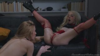 Sweet Heart Video – Two Horny Sluts Aiden Ashley And Kenzie Reeves Give Each Other Squirting Lessons